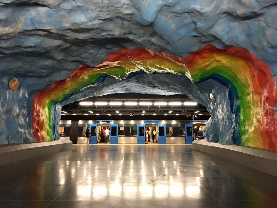 Metropolitana di Stoccolma: arte urbana